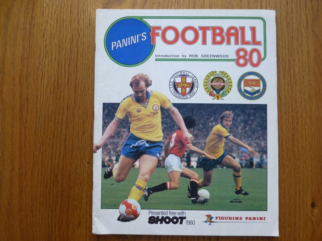 Panini Football 80 Empty Sticker Album (01)