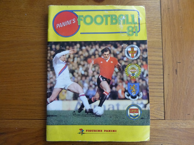 Panini Football 81 Complete Album (02)