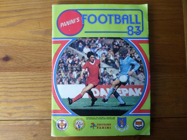 Panini Football 83 Complete Sticker Album (01)