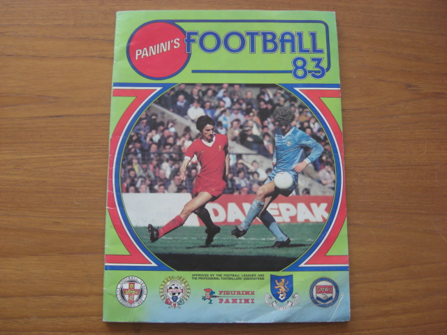Panini Football 83 Empty Album (01)