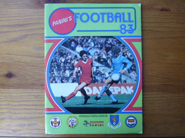 Panini Football 83 Empty Album (04)