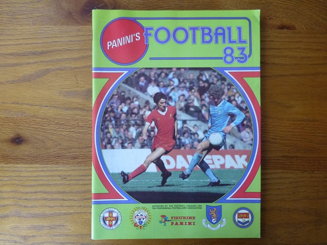 Panini Football 83 Empty Album (05)
