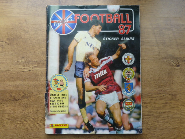 Panini Football 87 Complete Album (01)