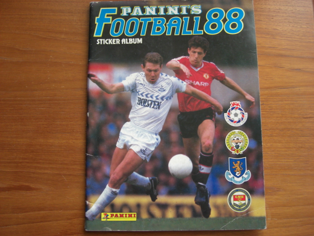 Panini Football 88 Empty Album (01)